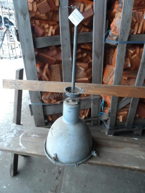 Lamp met steel grijs gekleurd webshop - Grijs gekleurd ...
